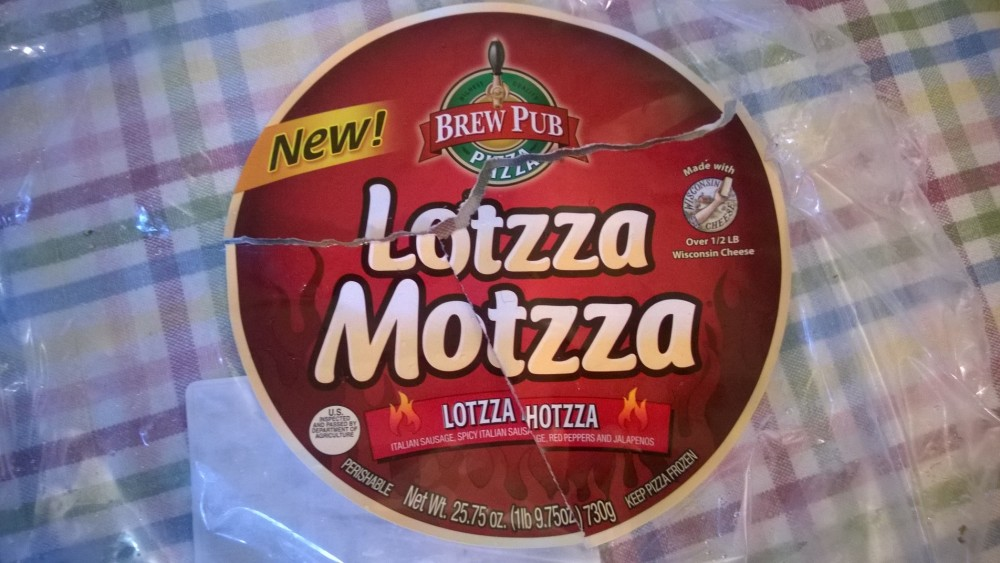 The spicy Lotsa Hotsa flavor. This Lotsa Motzza Pizza had over 1/2 lb of WI cheese. They also make a cheese fries flavor, which I think is just cheese and you dip it in the accompanying marinara sauce.