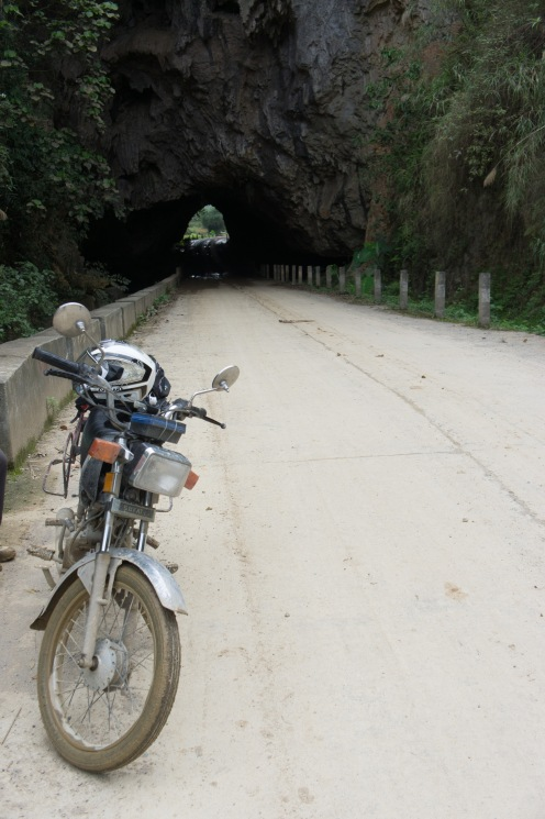 Cave Tunnel on the road to Ben Gioc Waterfall looking back