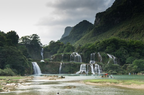 Ben Gioc Waterfall